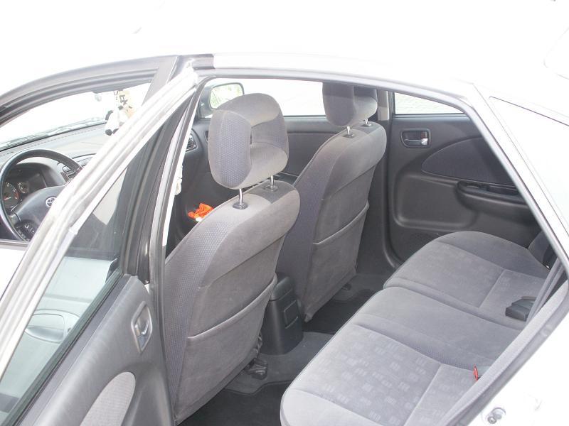 Bergam & ses Avensis PICT0054